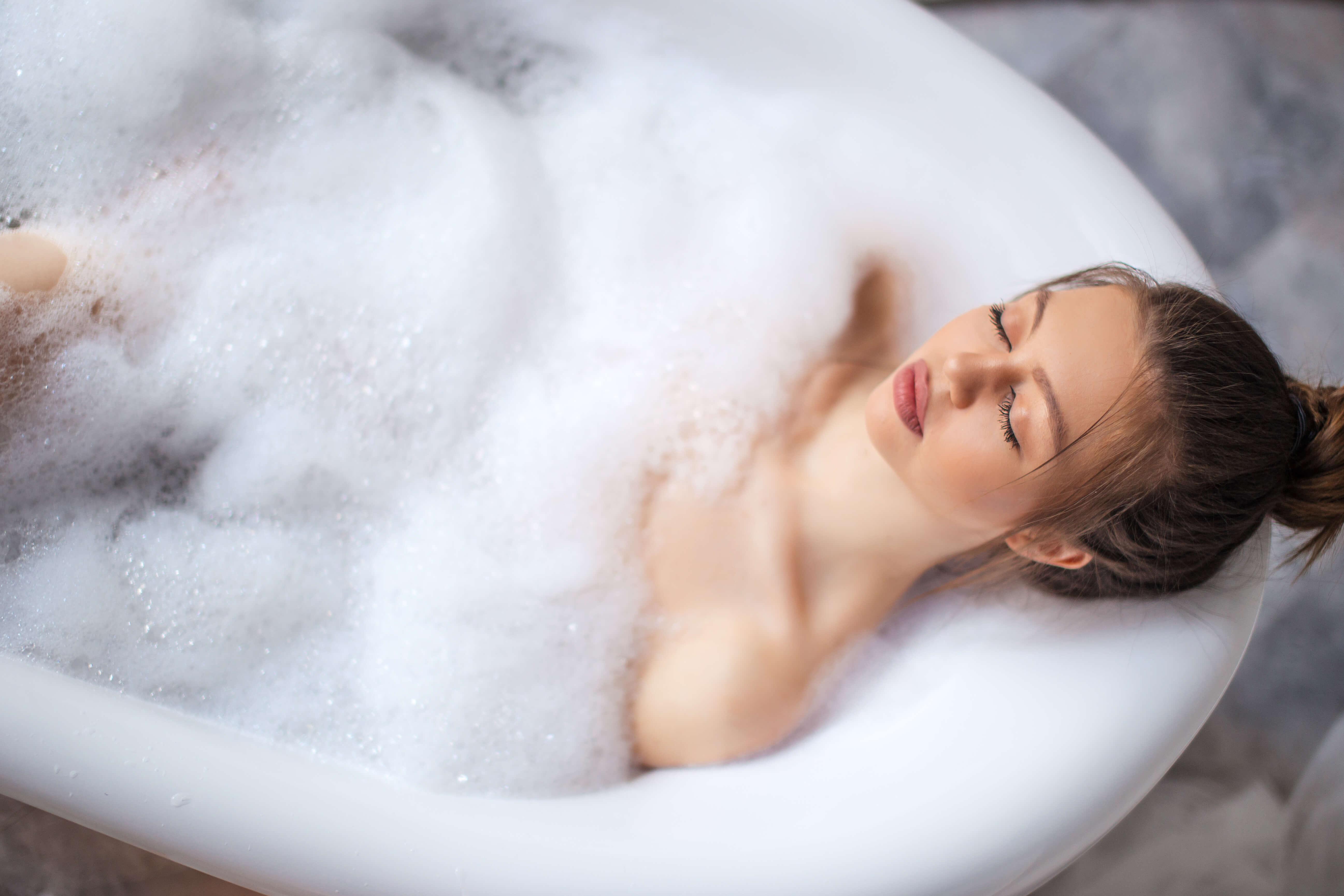 Переохлаждение, бессонница, стресс…все можно решить, приняв ванну